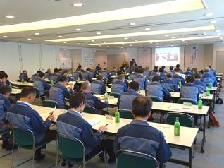 現場代理人による安全衛生活動報告(安全大会)
