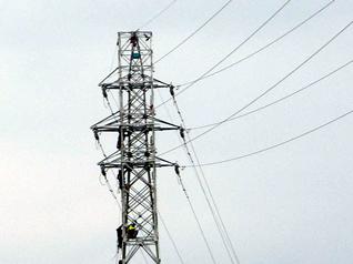 塔体嵩上げ工法による鉄塔部材取替工法
